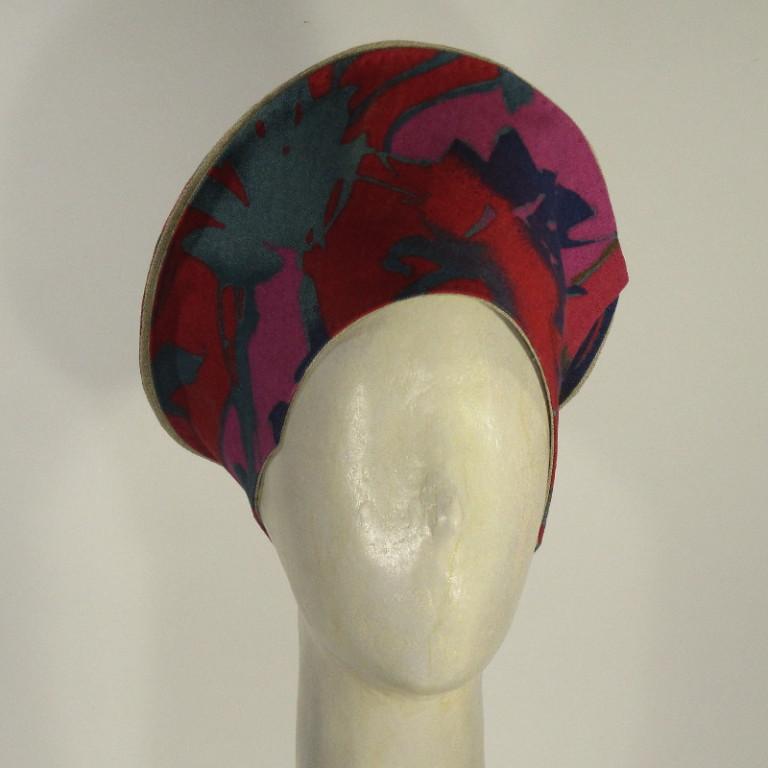 Kopfbedeckung - Watteau Hut 70er Jahre - bunt