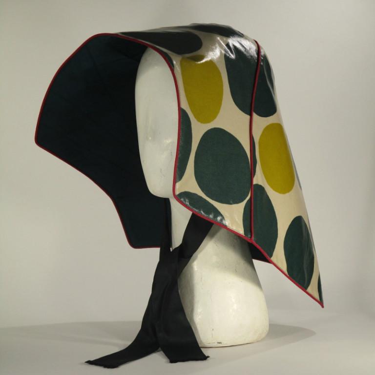 Kopfbedeckung - Regenhut - Punkte gelb und grün