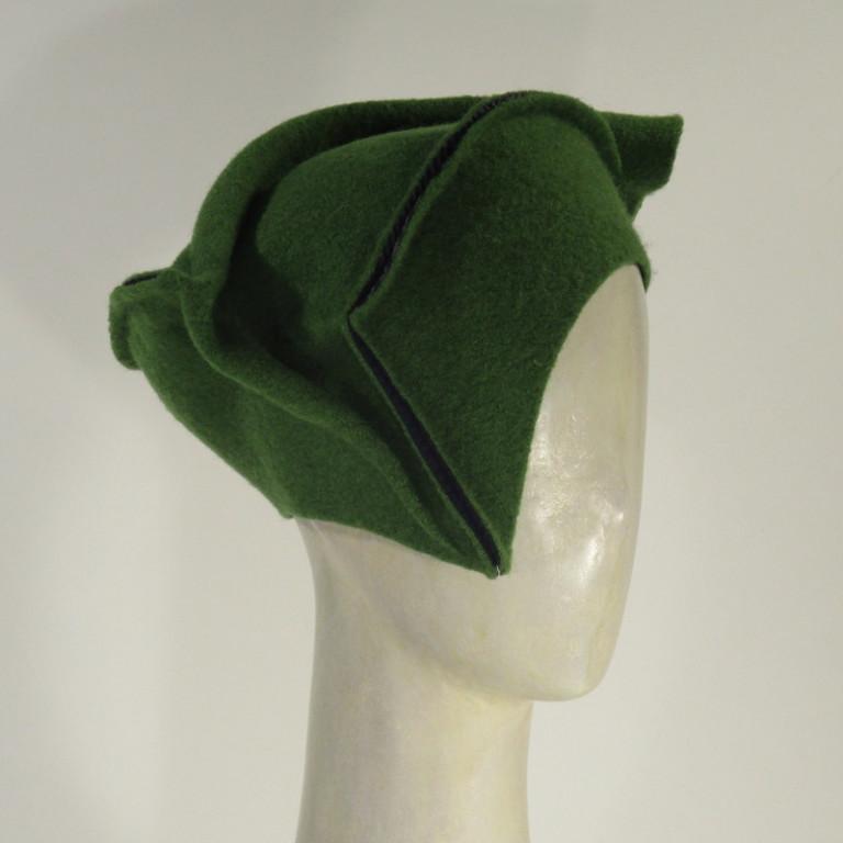 Kopfbedeckung - warm Wollboucle Barett - grün