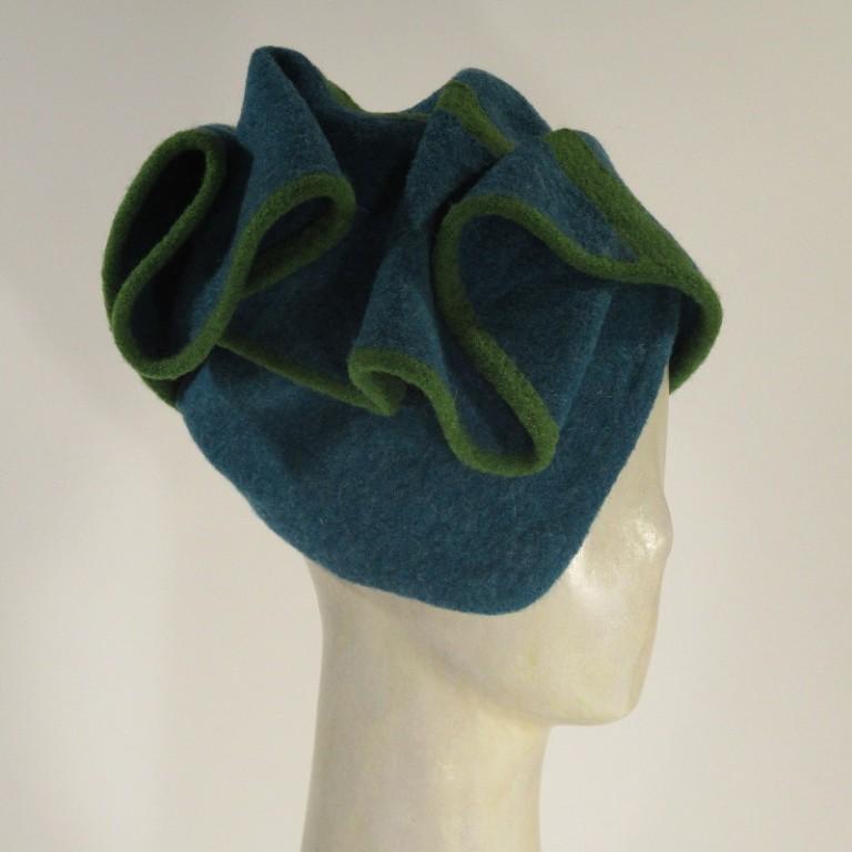 Kopfbedeckung - warm Wollboucle Hut - tuerkis/grün