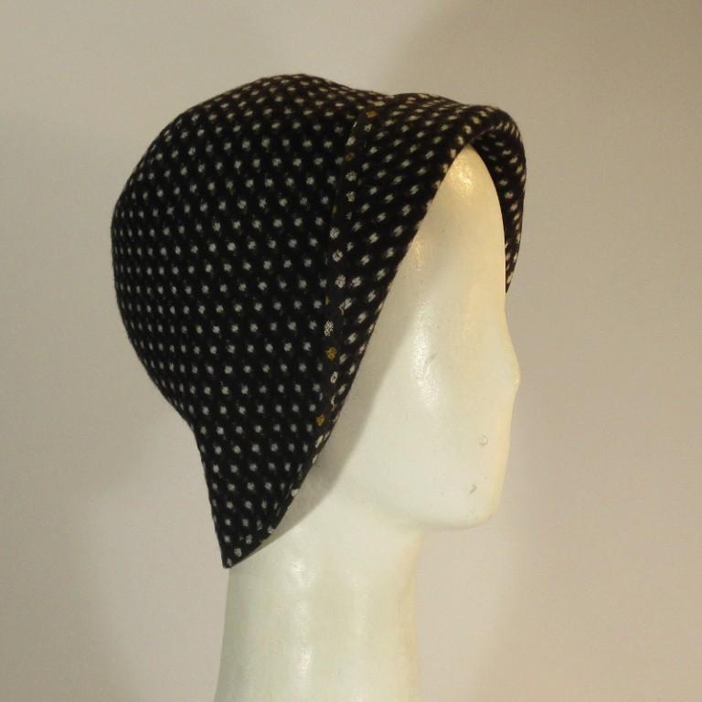 Kopfbedeckung - Wollhütchen
