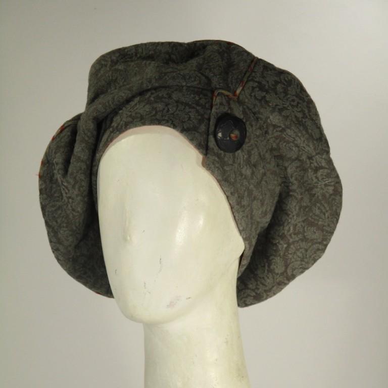 Kopfbedeckung - Barett - Blüten Wirkware - graubeige