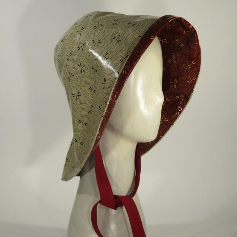 Kopfbedeckung - Regenhut - Libellen hell und rot