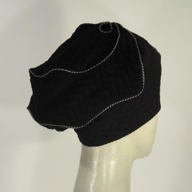 Kopfbedeckung - elegant - dunkel